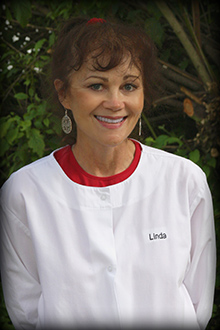 Photo of dental hygienist, Linda.